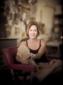Stacy Phillips. Art Maker.